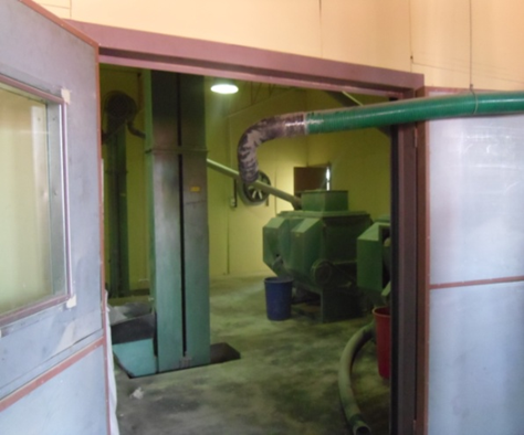 Hammer Mill inside a enclosure